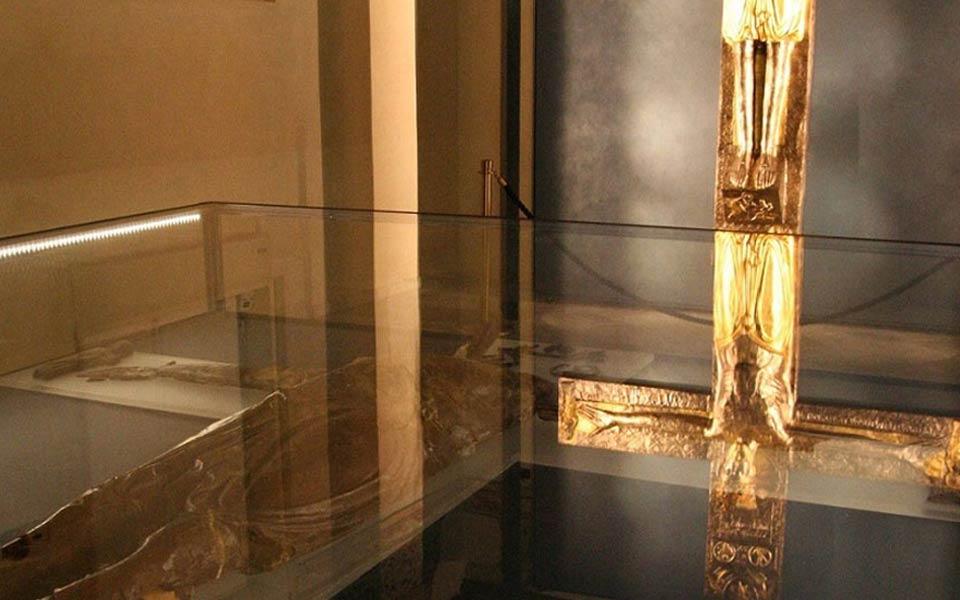 share studio architettura allestimento vetrine espositive museo duomo vercelli