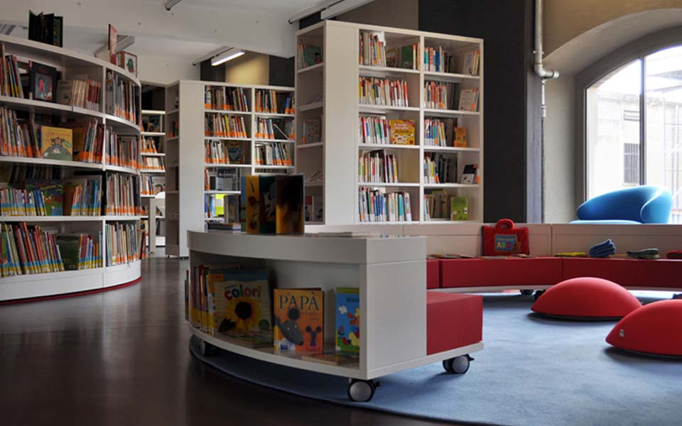 share studio architettura progetto arredi biblioteca bambini ragazzi milano